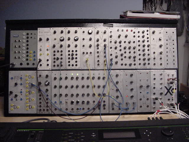 Yves Ivanhoe Synth